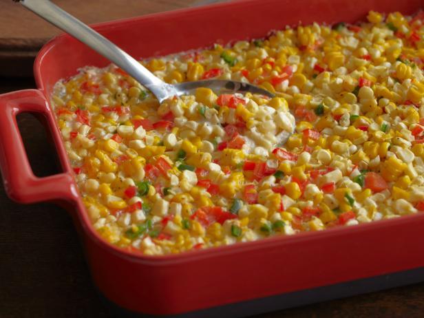 Фото Запеканка из кукурузы в початках с болгарским и острым перцем