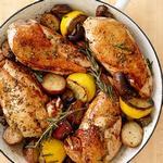 Жареная курица с картофелем и грибами