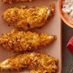 Куриные «пальчики» с пикантным соусом дип