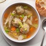 Овощной суп с индейкой и клецками