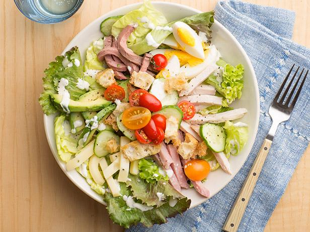 Листовой салат с мясной нарезкой «От шеф-повара»