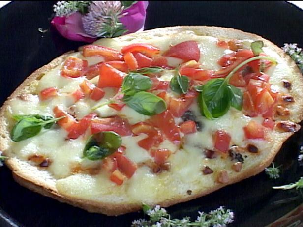 Неаполитанская пицца с томатным пюре