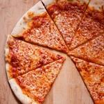 Тонкая пицца в нью-йоркском стиле