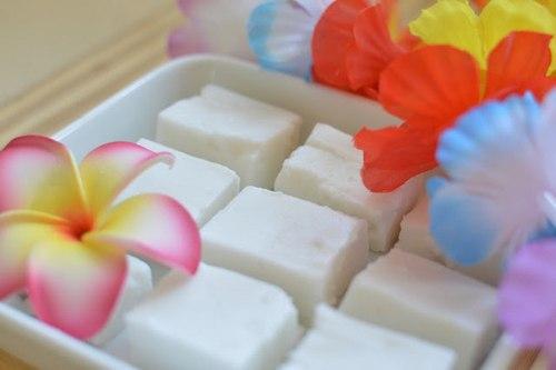 Гавайский кокосовый десерт Хаупия