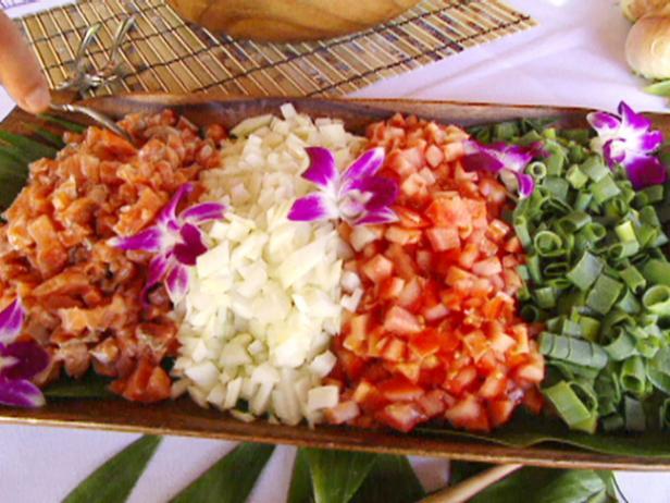 Гавайский салат-закуска с лососем «Ломи-ломи»