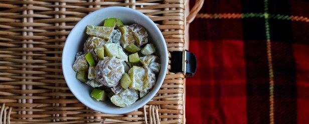 Фото Ирландский картофельный салат с яблоками