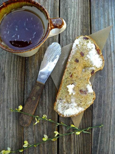 Содовый хлеб с фруктовой начинкой