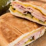 Кубинский сэндвич на французской булке