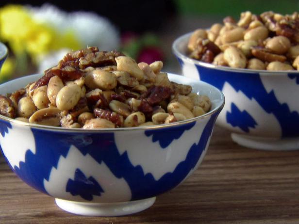 «Орешки для перекуса» - орехи с кокосом и индийскими специями