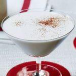 Пуэрториканский молочный рождественский напиток с кокосом и ромом «Coquito»