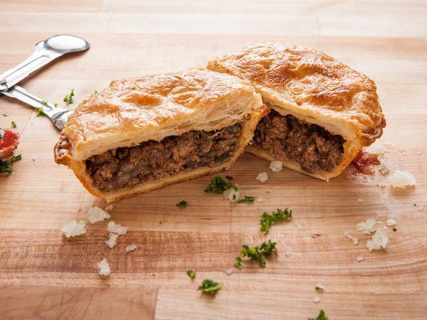 Сельский пирог с мясом