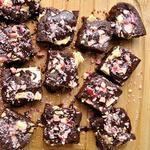 Пирожные брауни с белым шоколадом