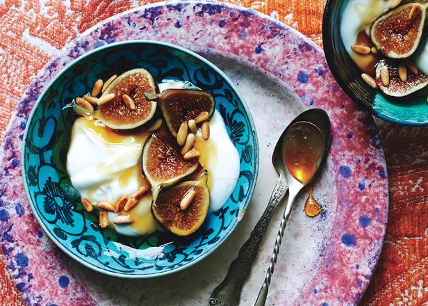 Фото Цитрусовый йогурт с инжиром
