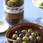 Острые оливки для мартини