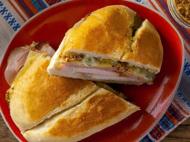 Кубинский сэндвич с пастой Мойо