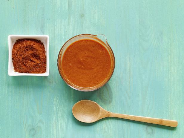 Острый соус с вишневым уксусом для стейка