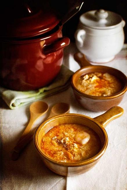 Чесночный суп с хлебом «Сопа де ахо»