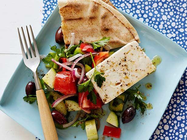 Тапас из греческого салата Хориатики