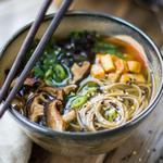 Сытный мисо суп с грибами шиитаке