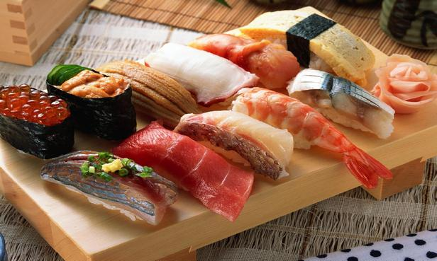 Нигири суши с рыбой