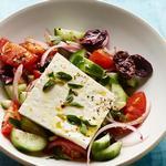 Классический греческий салат «Хориатики»