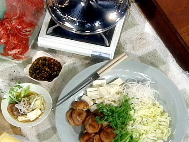 Сябу-сябу с говядиной и грибами