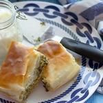 Греческий пирог «Спанакопита» со шпинатом