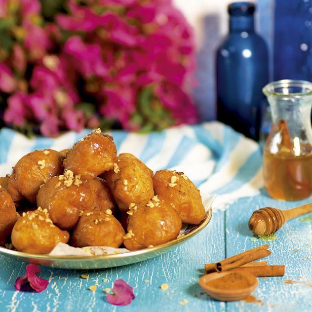 Медовые пончики «Лукумадес»
