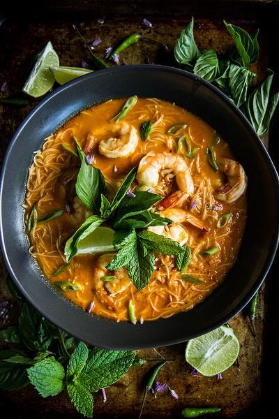 Тайское красное карри с креветками