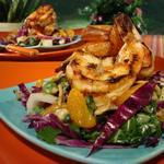 Креветки на гриле по-тайски в чесночном соусе с перцем чили