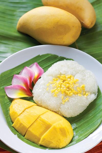 Сладкий десерт из липкого кокосового риса «Ка ньяо ман»