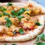 Пицца с курицей-гриль по-тайски