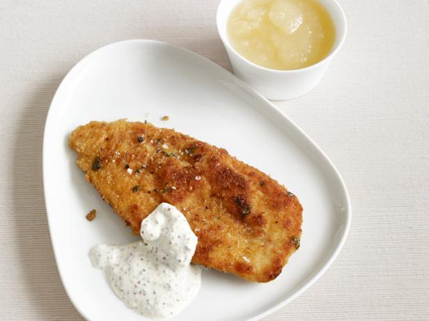Шницель из курицы с йогуртовым соусом