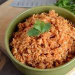 Отварной рис с помидорами по-португальски