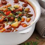 Рагу с овощами и колбасным фаршем