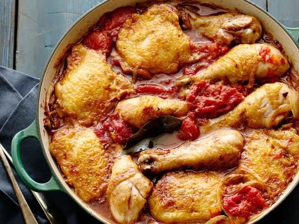 Куриные ножки с томатной пастой на сковороде