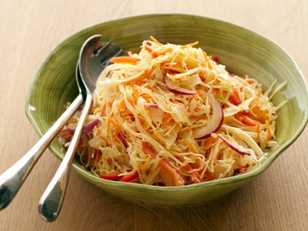 Фото Капустный салат с кумином и заправкой-винегрет