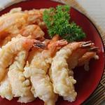 Креветки в тесте темпура с дип-соусом