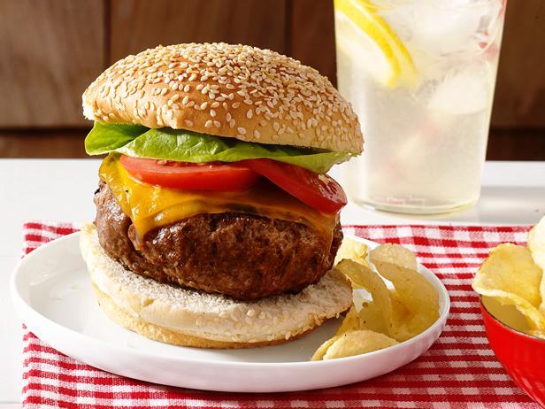 Фото Великолепные котлеты для гамбургеров