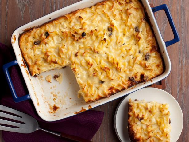 Кугель из лапши со сливочным сыром