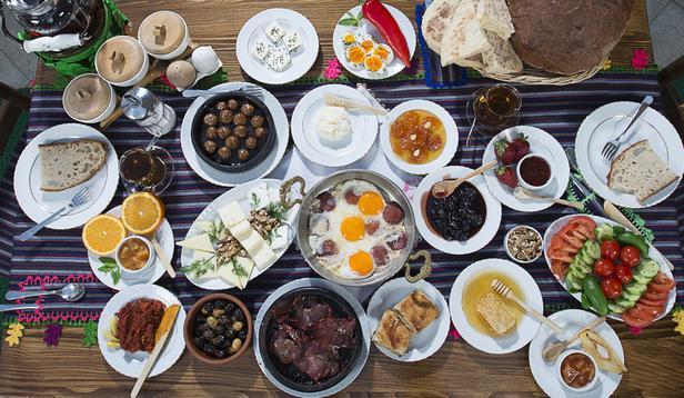 Турецкая кухня, история, популярные продукты и блюда
