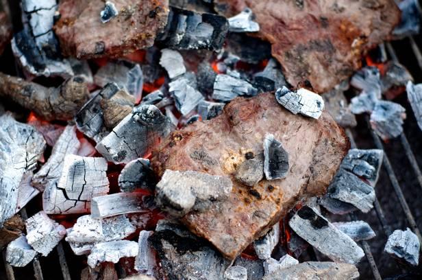 Приготовление пищи на углях