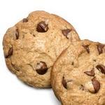 Хрустящее печенье с тыквенной приправой и шоколадом