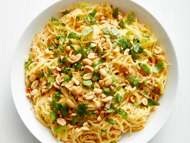 Фото Тыква-спагетти с арахисовым соусом