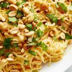 Тыква-спагетти с арахисовым соусом