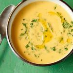 Суп-пюре из пастернака с петрушкой и кориандром