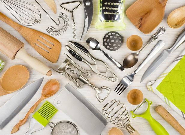 Как правильно хранить продукты и кухонные принадлежности на кухне