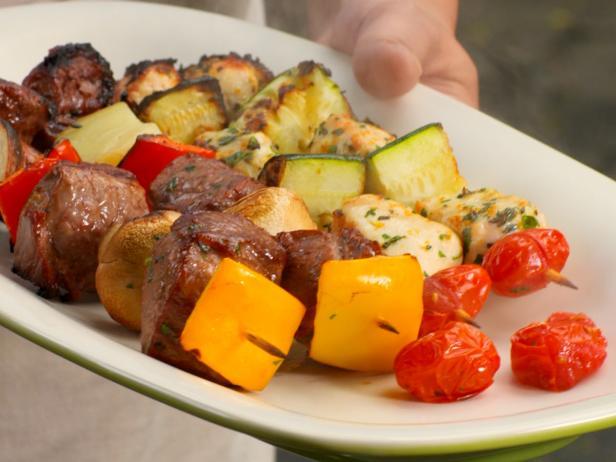 Шашлык это идеальное летнее блюдо!
