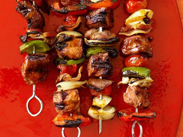 Кебаб с говядиной и беконом