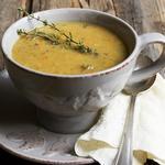 Гороховый суп-пюре с приправой карри